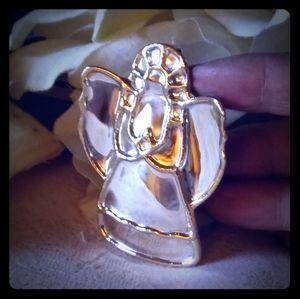 Vintage Brooch/Pendant Angel